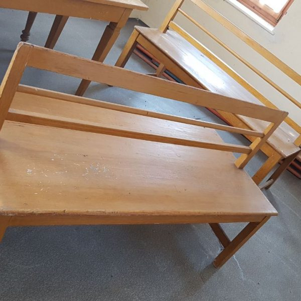 Bild von einer doppelten Sitzbank